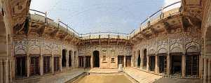 Asia; India; Mandawa; haveli; mural